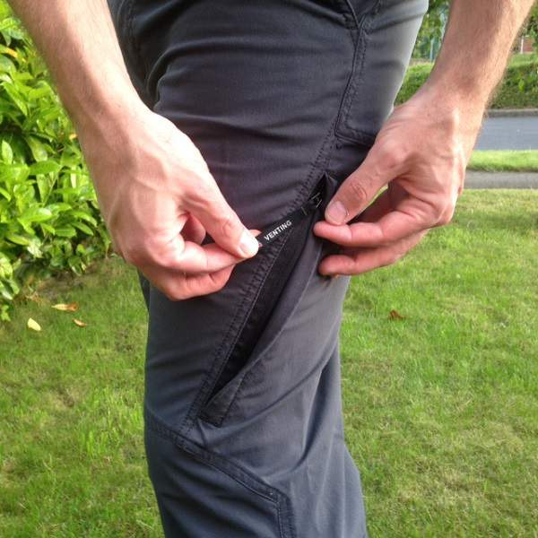 Hiking Pants Venting Zip Closed