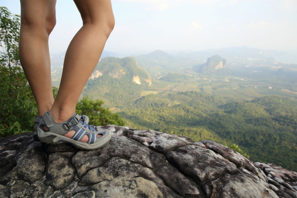How To Choose Hiking Sandals